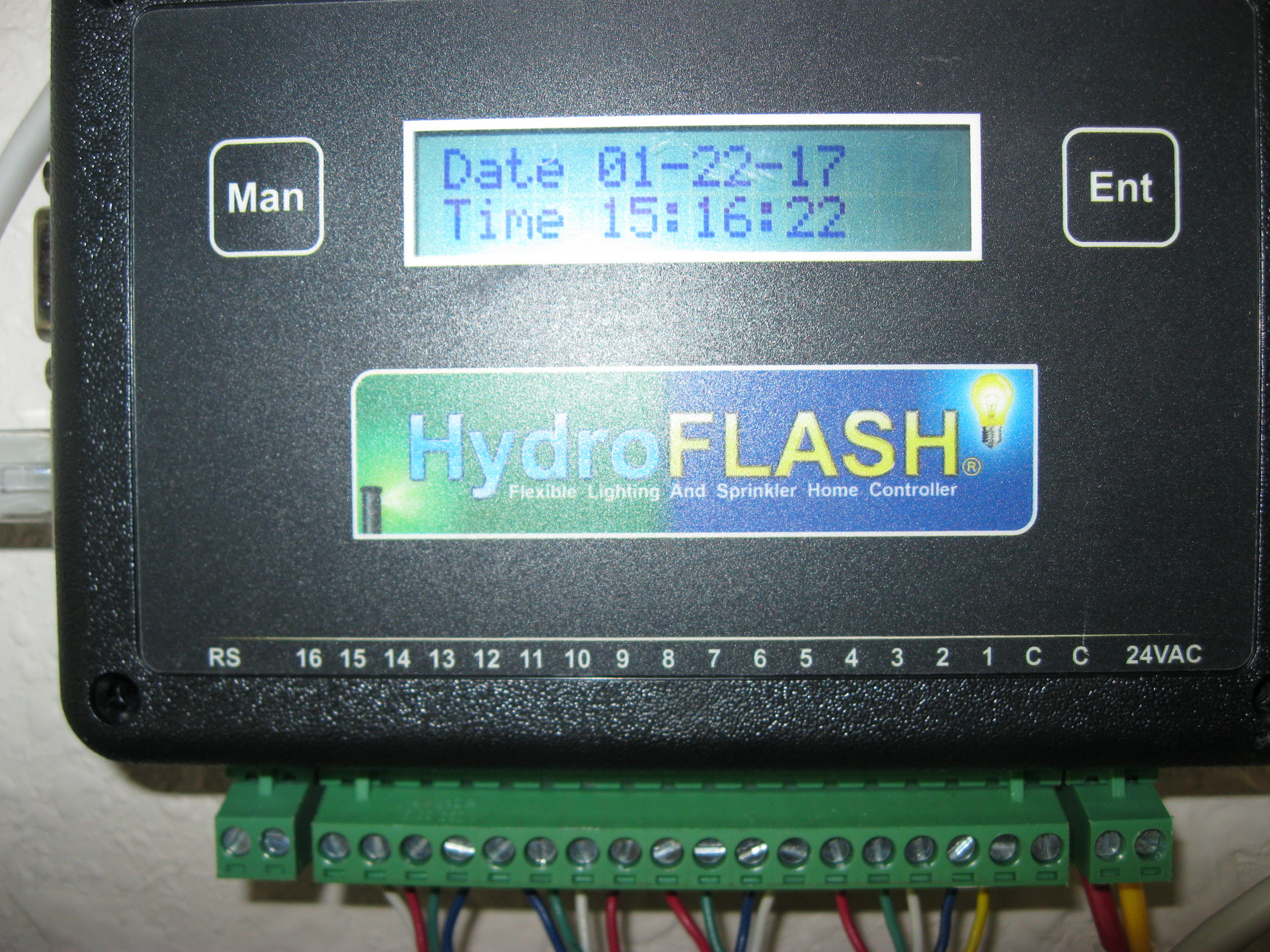 HydroFlash Wired 1.jpg